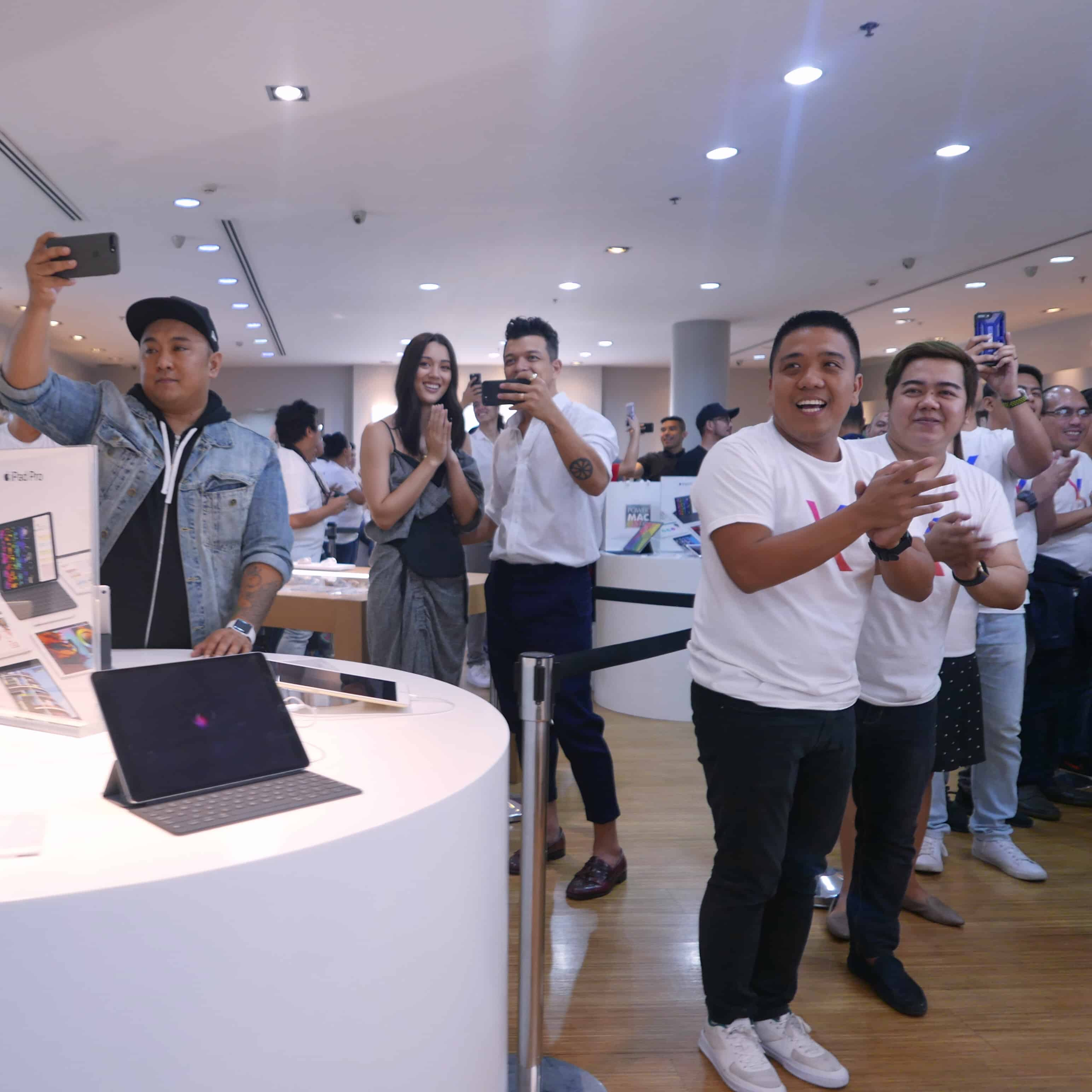 Jericho Rosales in iPhone X Launch