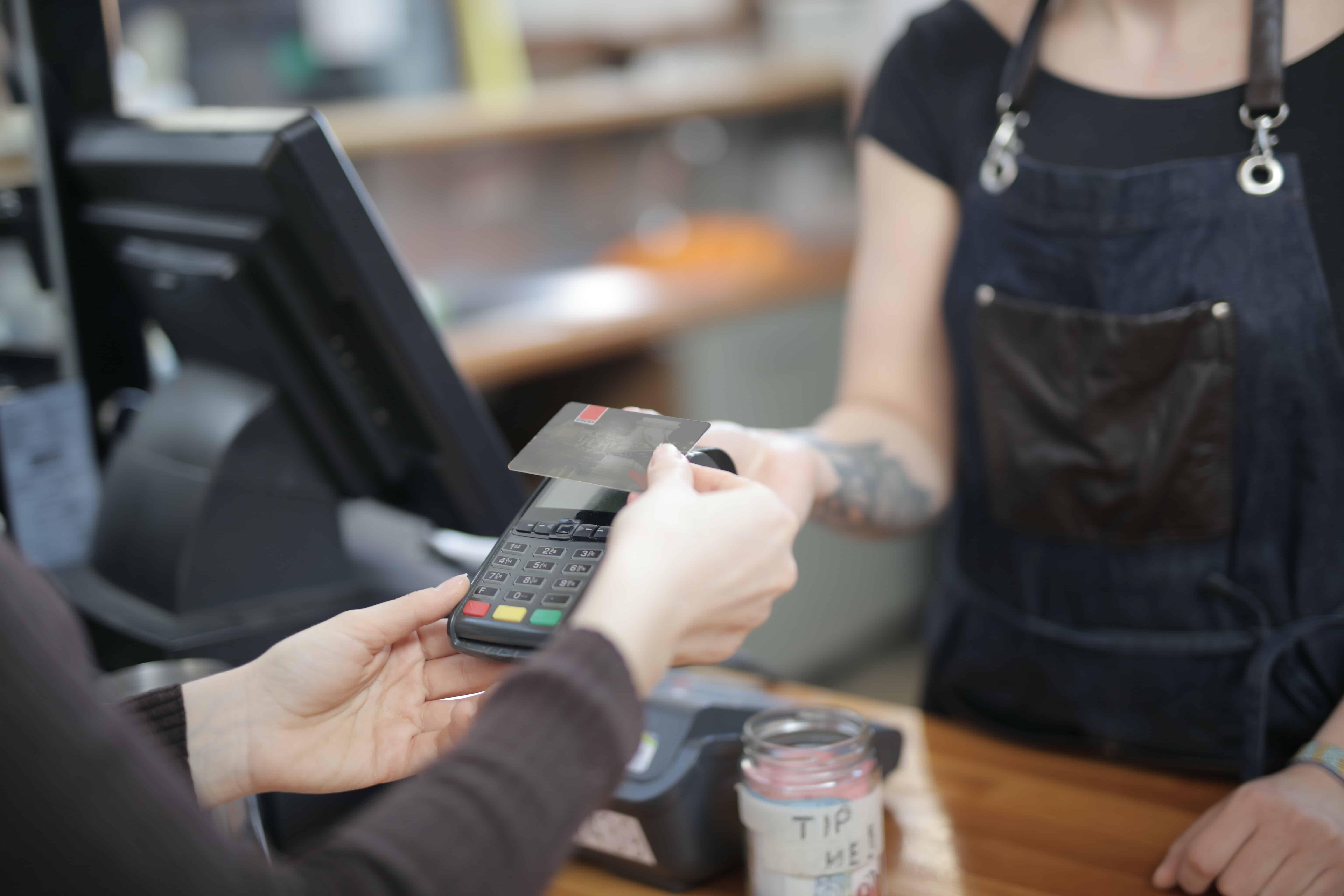 Cashier in Power Mac Center