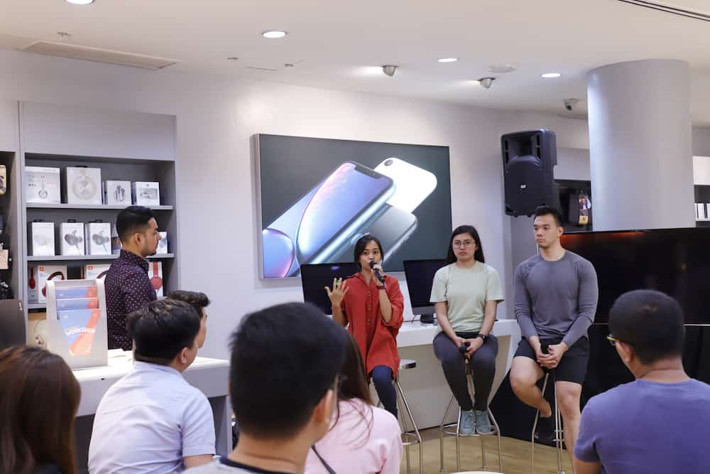 Power Mac Center event with the celebrities as guests